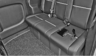 Làm gì khi để quên đồ trên xe taxi